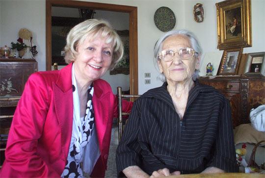 Rosa Sessa (a destra) con Cecilia Coppola