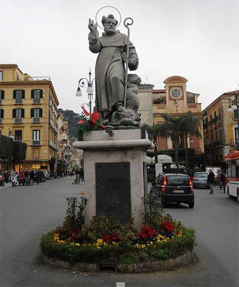 statua-santonino